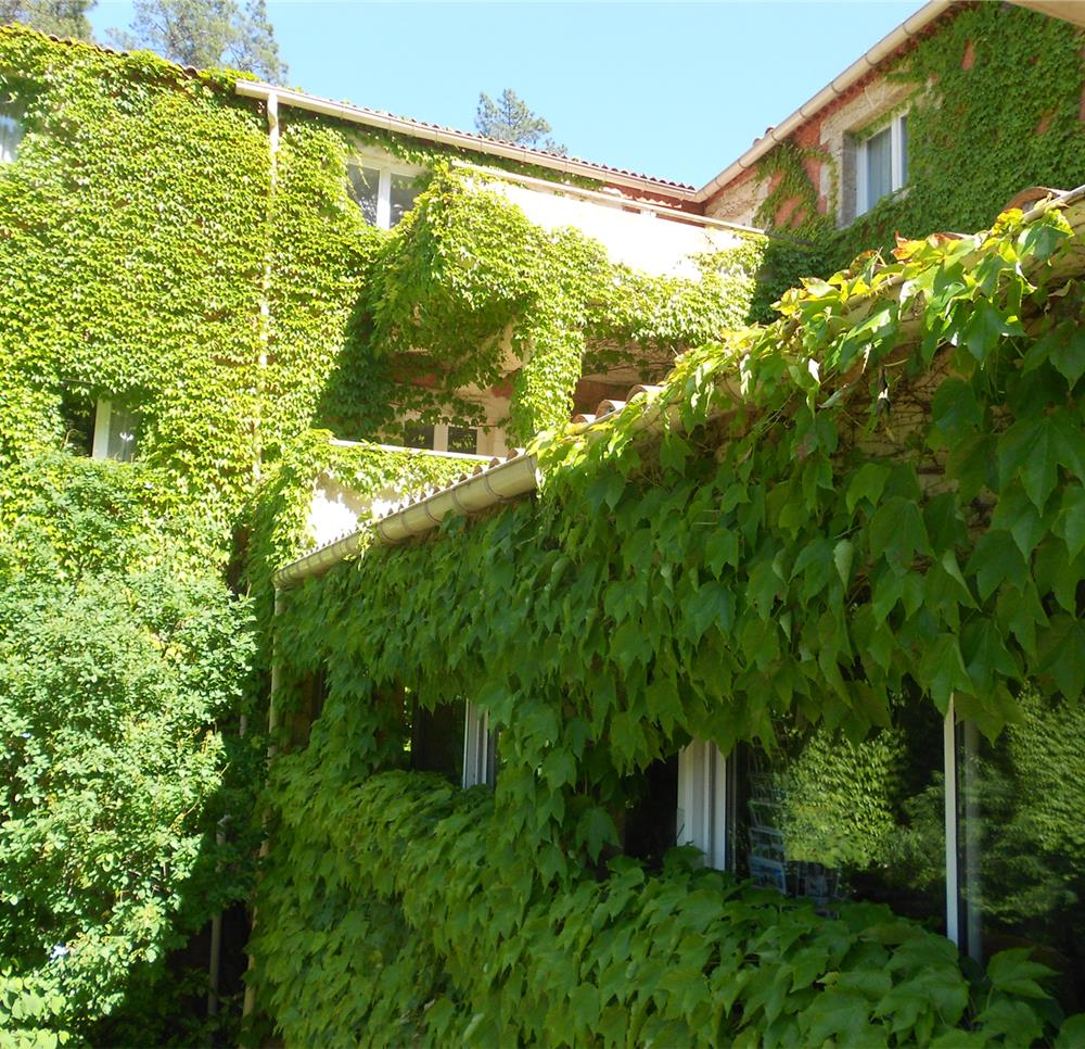 Appart hotel anduze location c vennes en languedoc for Appart hotel uzes
